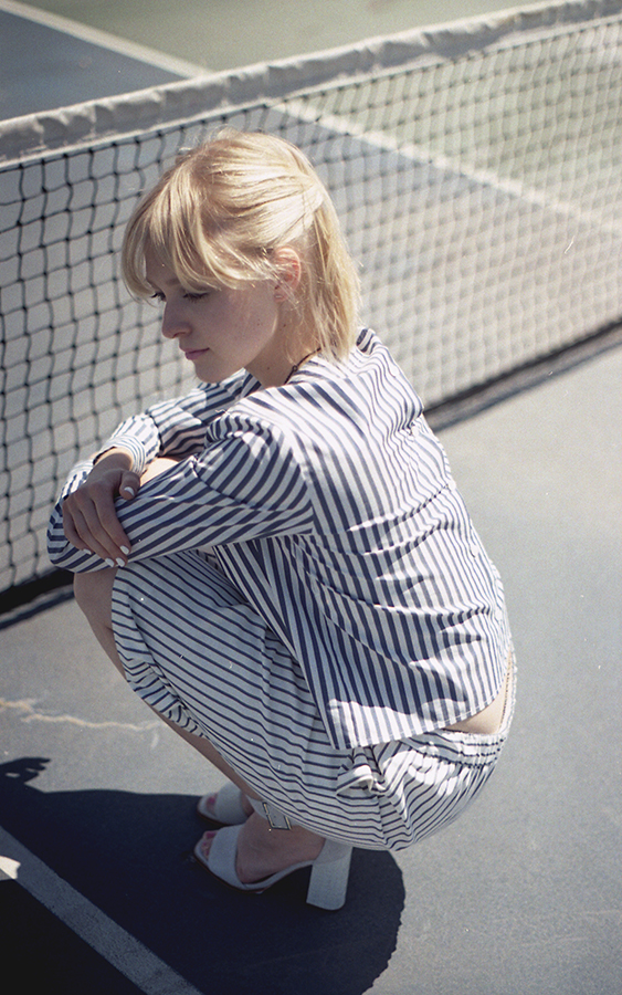 tennis-stripes-very-joelle-paquette4