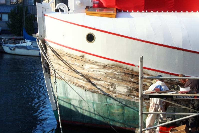 copenhagen-very-joelle-boat-painting