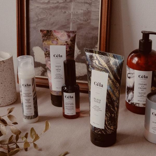 Produits beauté botaniques de la marque de soins pour la peau Céla, fondé par Celine Tadrissi, propriétaire du Hammam Spa à Toronto.